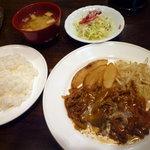 リトルモウ - ランチA (肉)780円