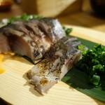 35471001 - 金華サバの炙りトロシメサバ(ハーフ)¥480