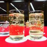 ラウンジ奥琵琶湖 - 料理写真:ウイスキー:700円