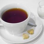35477086 - 紅茶(カレー風味のクッキーつき)