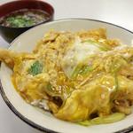 小藤食堂 - 料理写真:2013年11月 穴子天丼700円。玉子がいい感じ♪