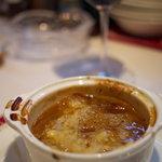 3548377 - オニオングラタンスープ