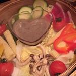 きのこの里 - コース・野菜のホットスチーム  (バーニャカウダソース最高
