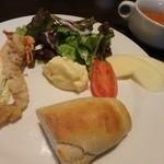Moga Joga Dining - ランチ * 前菜とスープ