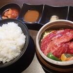 焼肉武藤道場 - 壺漬け中落ちカルビセット(1000円)