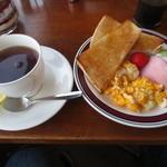 うみべ - 料理写真:モーニングセット 野菜付き 450円(2015.2)