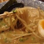 TONKOTSU ITTOU - 魚介豚骨ラーメン(850円)