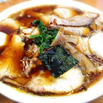 らーめんヒグマ - 醤油チャーシュー麺