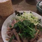 アムリタ食堂 - 豚トロの香味炒め