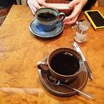 35496806 - 佐良志奈焼きのカップに注がれた自家焙煎珈琲