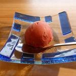 すきやきしゃぶしゃぶ 神戸牛石田 - デザートはカシスシャーベット