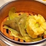 Szechwan Cuisine & Wine 四川料理 御馥 - ちょっと贅沢な御馥ランチ(飲茶点心二種盛り合せ)