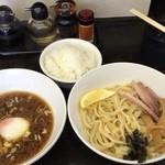 35509022 - 醤油つけ麺650円+ライス50円