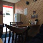 馬場南海 - テーブル席
