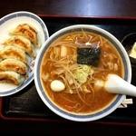 千葉屋 - ピリ辛みそラーメン+餃子