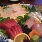 万潮 - 【お造り】○マグロ様、タイ様、カンパチ様、太刀魚様
