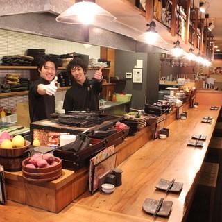 ライブ感あるオープンキッチン!!