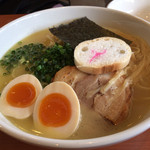 四代目麺処 ゆうじ - 鶏白湯しおらーめん 味玉トッピング(750+100円)