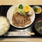 たかやす - ポークソテー定食(860円)