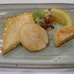 35538416 - ホタテと白身魚。