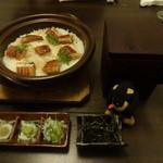 35542925 - 鰻と三種薬味の土鍋御飯