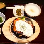 35547000 - ランチ:チキン南蛮とお粥