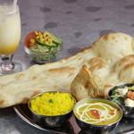 アジアンダイニング&バー Padmapalace - エビンベジタブルタリ(ディナー)