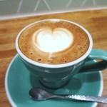 モス コア コーヒー - カフェラテ
