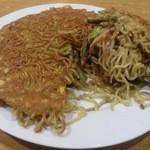 華宴 - ・家宴炒麺(家宴特製焼きそば) 800円