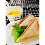 ベジーガレージ - 本日のホットサンド&スープセット ¥620