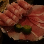 ホテル カヴァ - 料理写真:黒琉豚(あぐー豚の純血)☆美しい・・・