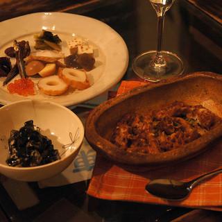 日本酒・日本ワインによく合うお料理が揃っています☆