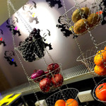 ベジーガレージ - 果物、野菜の状態は日々しっかりチェック!
