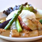 南あわじ美食農園オリザ - ごろごろ季節の旬野菜入り淡路鶏カレー