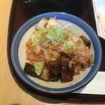 35569124 - 二杯目のうなぎ飯with薬味