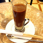 横濱珈琲店 五番街 - ベトナムコーヒー。ホット。すぐ出てきたので落としておいたものだね。