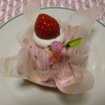 ちゃっきおじさん - 春限定♪桜のモンブラン400円