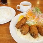 レストラン・サカキ - 三陸産カキフライ(1300円)