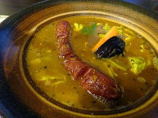 ふらのや - エゾシカフランクのスープカレー1180円、ライス300g・辛さ大辛