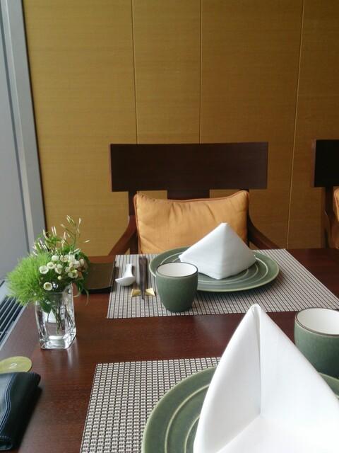 琥珀宮 - テーブル席