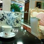 35573797 - コーヒー、ゆったりとしたソファー席