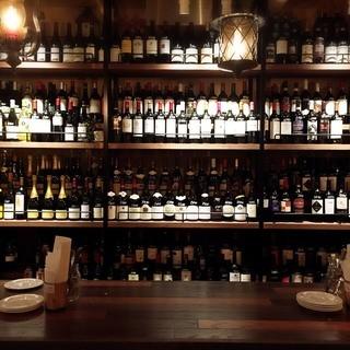 常勤ソムリエが選ぶ世界各国のワインが【170種以上】