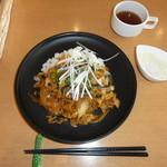 パークサイドキッチン 桜亭 - 豚キムチ丼