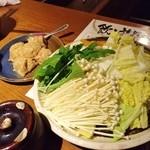 syabusyabu DINING 神や - 自家製つくねと野菜達♪