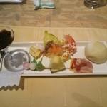 シェビーン - 前菜とデザートの皿
