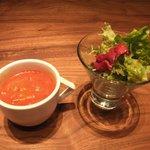 Pizzeria YUICIRO&A  - スープとサラダ