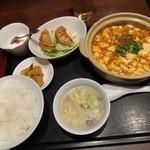 35592660 - 麻婆豆腐定食+揚げ餃子
