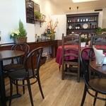 カフェ ラバーズリープ - 店内。