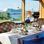 パノラミックレストラン ル・ノルマンディ - 窓側席から客船を眺めて