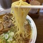 清吉そばや - 中華そば 麺アップ